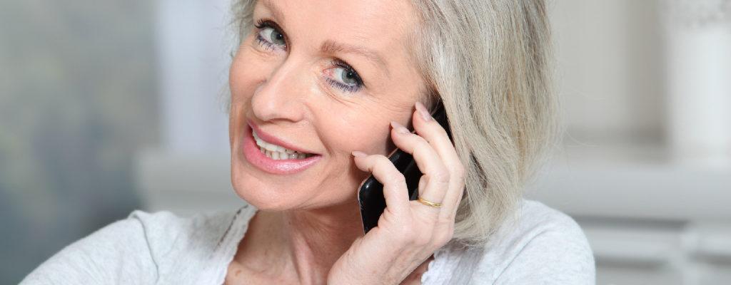Senior_mobile_phones