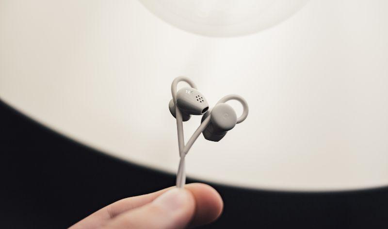 Handbok för in-ear hörlurar